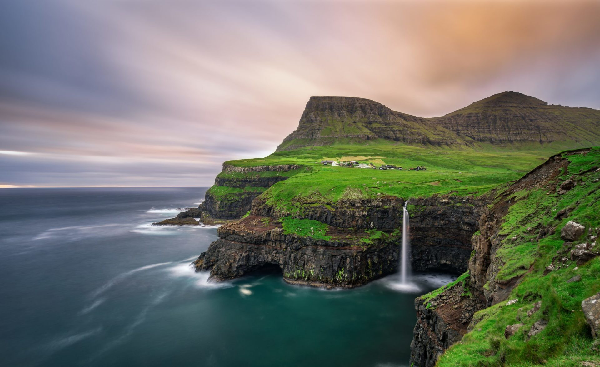 Faroes-1